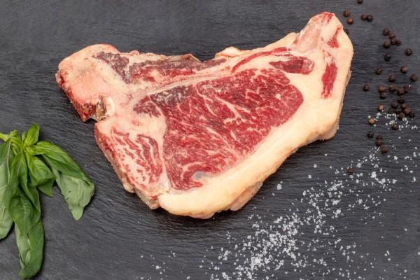 Wagyu T-Bone Steak DryAged