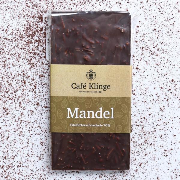 Edelbittelschokolade 70% mit Mandel
