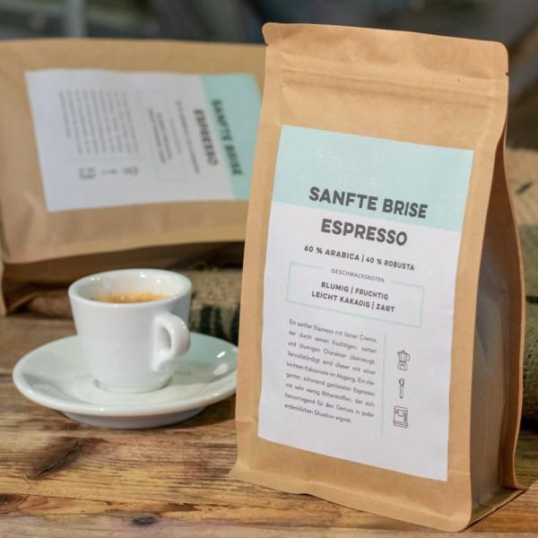 Espresso Sanfte Brise mit Espressotasse