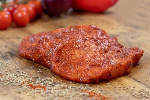 Schweinerückensteaks Paprika, rot