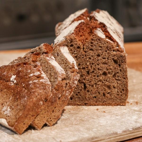 Roggen-Vollkorn-Brot