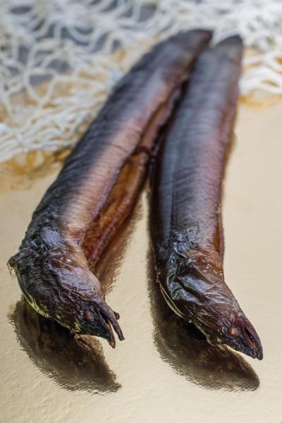 Aal geräuchert, im Ganzen